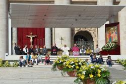 No Angelus Papa Francisco convida fiéis a rezar pelo Sínodo sobre a família